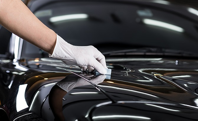 How to Make Car's Paint Look New and Fresh?